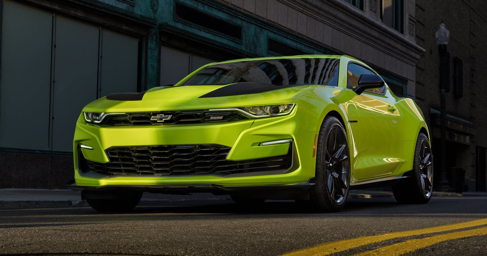 2019 Chevrolet Camaro To Have Extremely Bright Yellow Color Option