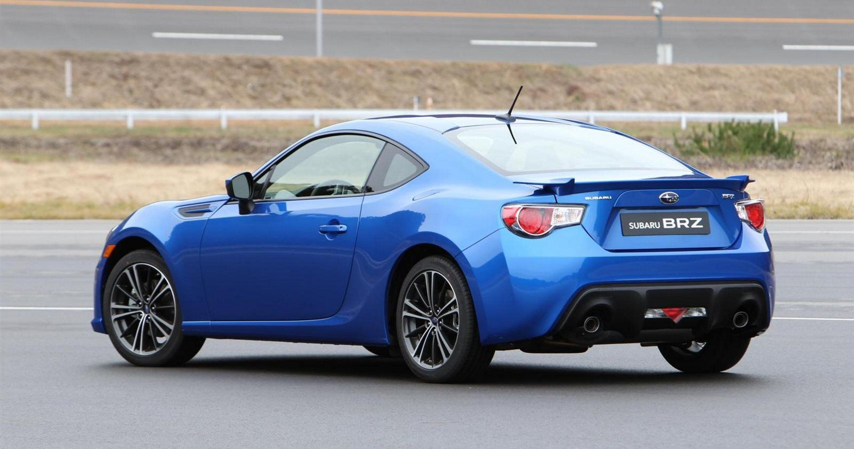 Subaru Toyota Gear Up To Recall 400 000 Sports Cars For Engine Defect