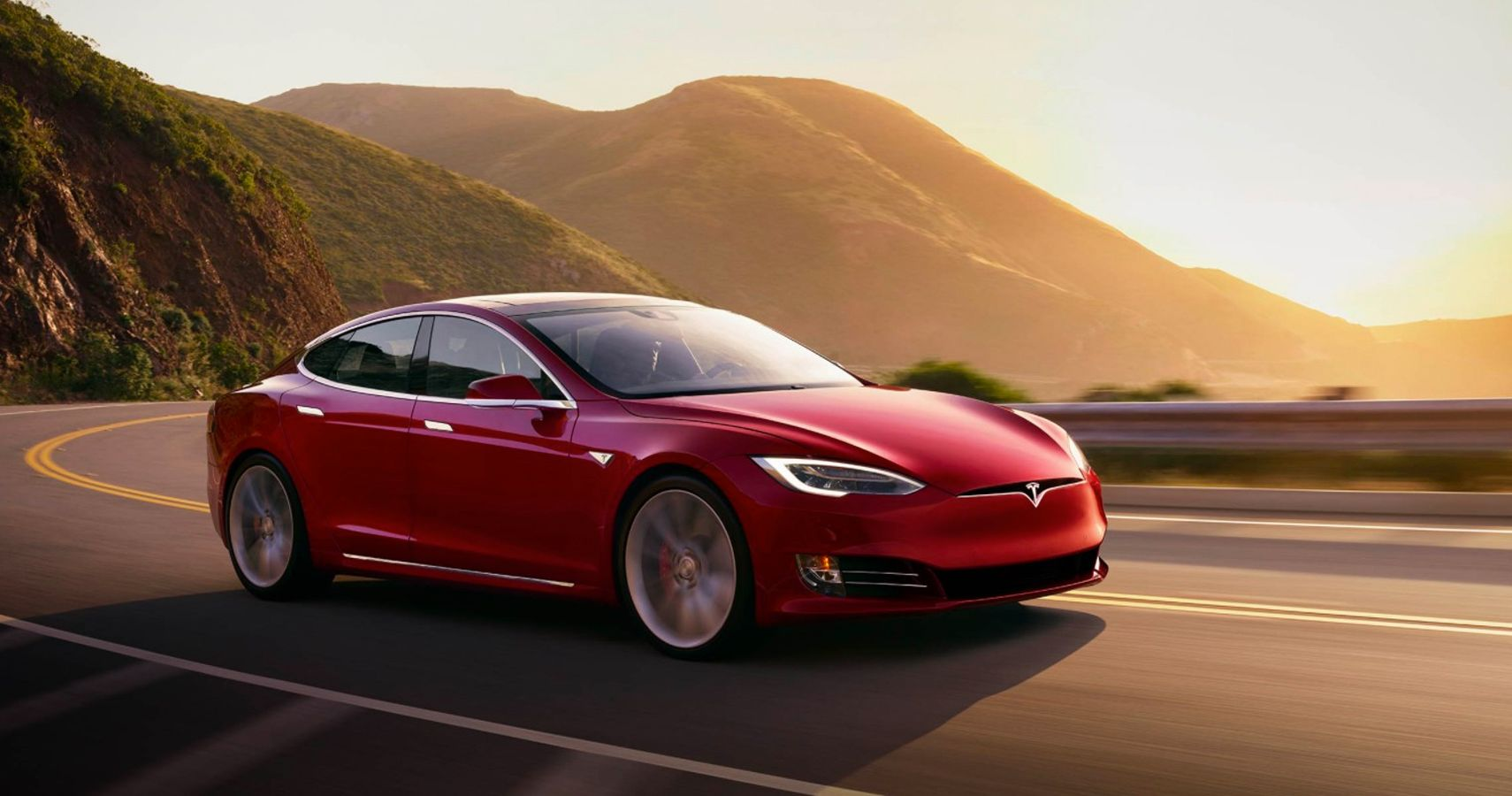 10 Ways Driving A Tesla Is Like Being In A VR Simulator