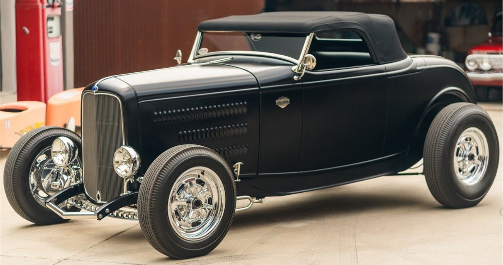Pawn Stars' Rick Harrison Lists 1932 Ford Roadster On AutoHunter