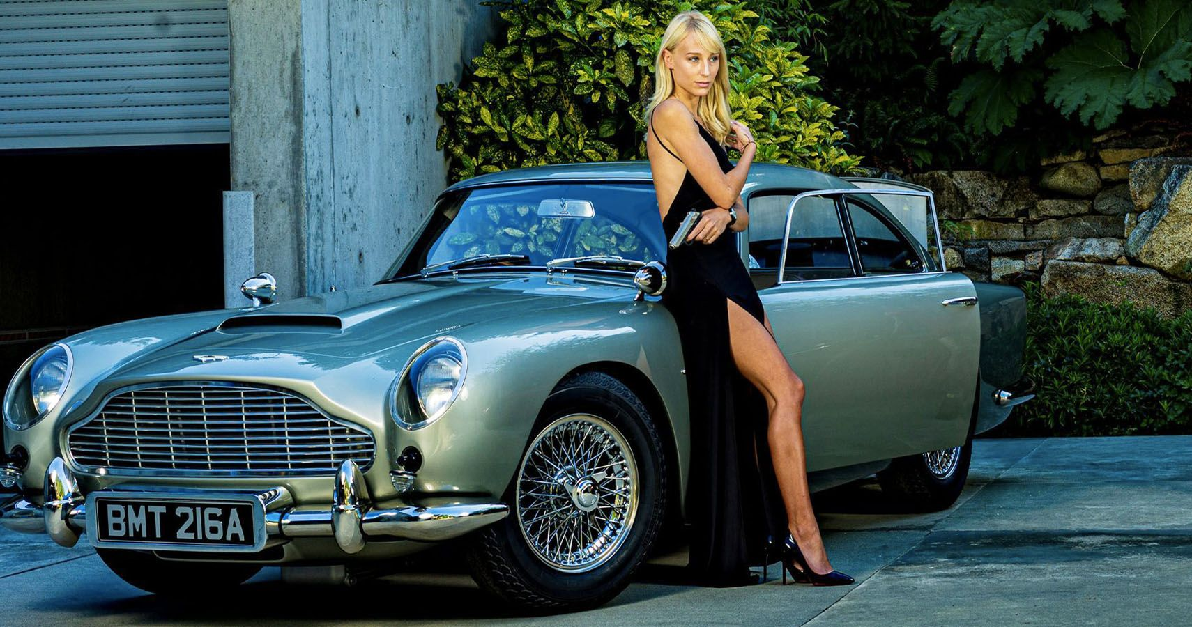 Life-Sized James Bond Aston Martin DB5 Model For Sale With All The Gadgets