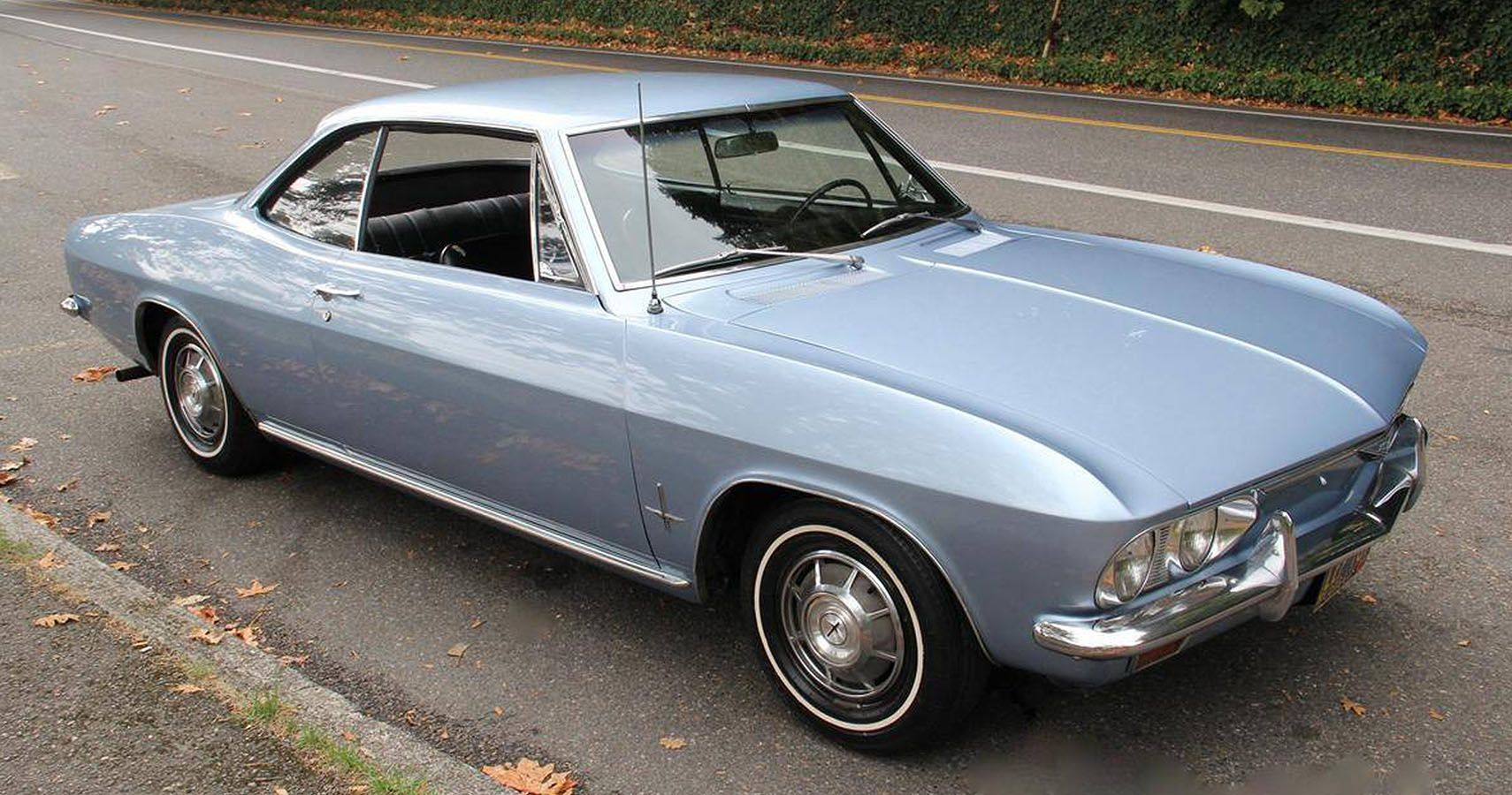 A Detailed Look Back At The Chevrolet Corvair Monza | HotCars