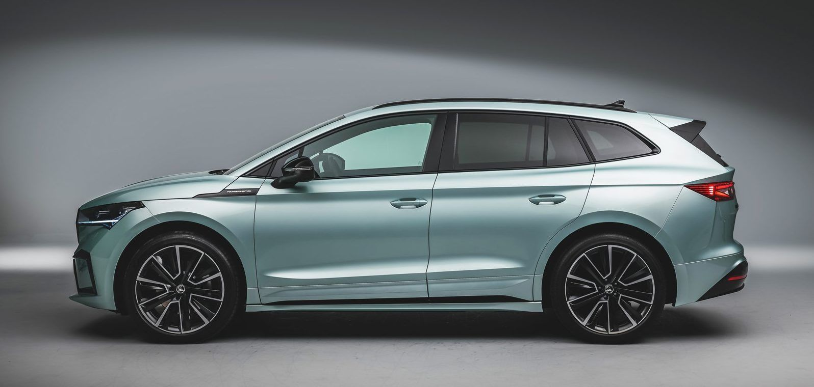 2021 Electric Skoda Enyaq Iv Costs Facts And Figures Hotcars