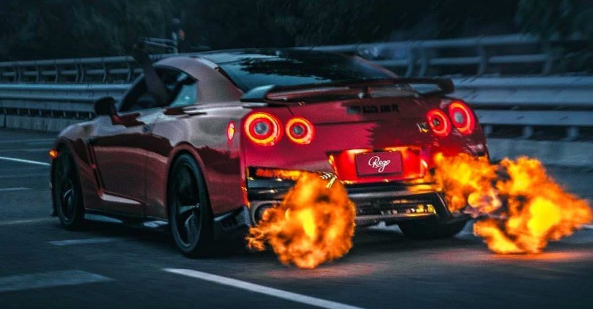 5 Reasons Why We'd Buy A Nissan R35 GT-R (5 Reasons Why We Wouldn't Touch It With A 10-Foot Pole)