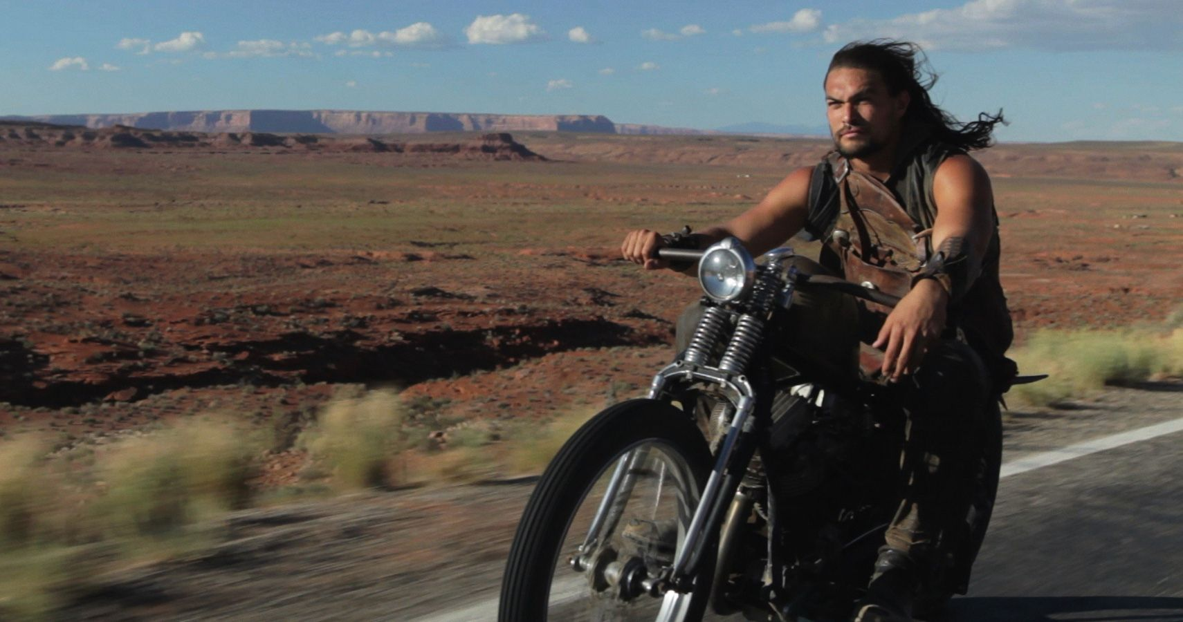 Here's What Jason Momoa Drives | HotCars