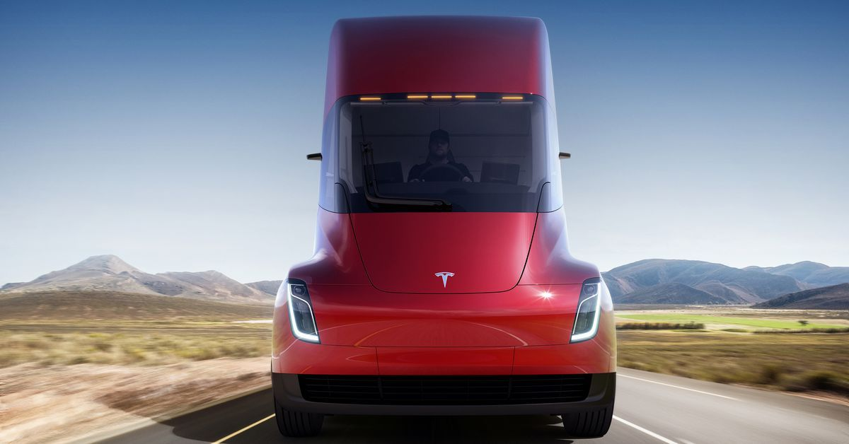 Here's Everything We Know About The Tesla Semi | HotCars