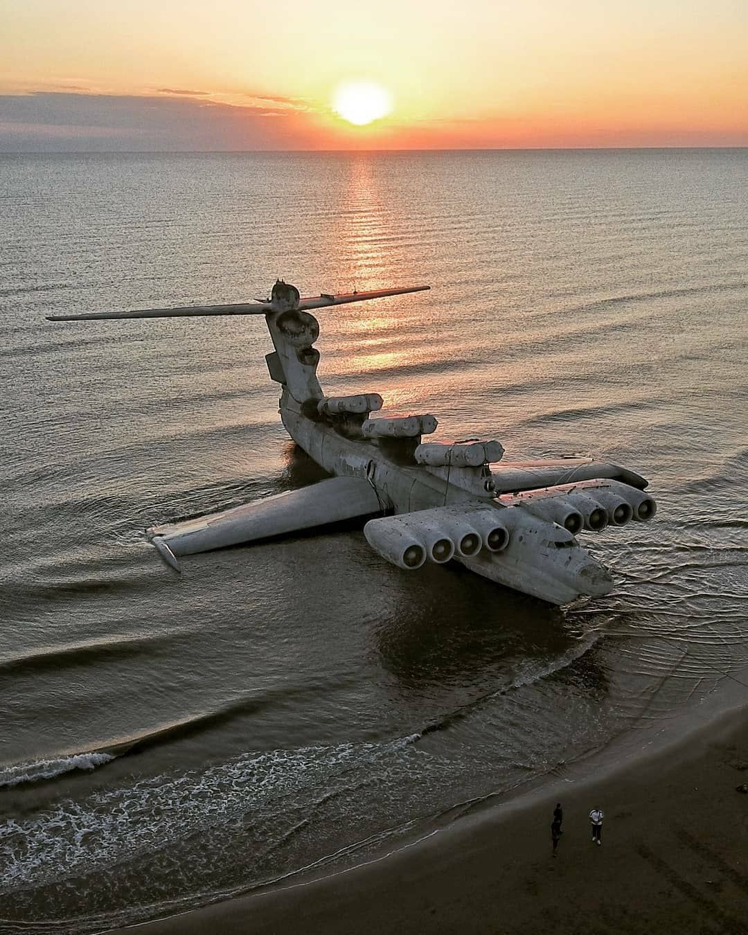 8 Reasons Why The Lun-Class Ekranoplan Is The Coolest Invention Ever To Be Forgotten