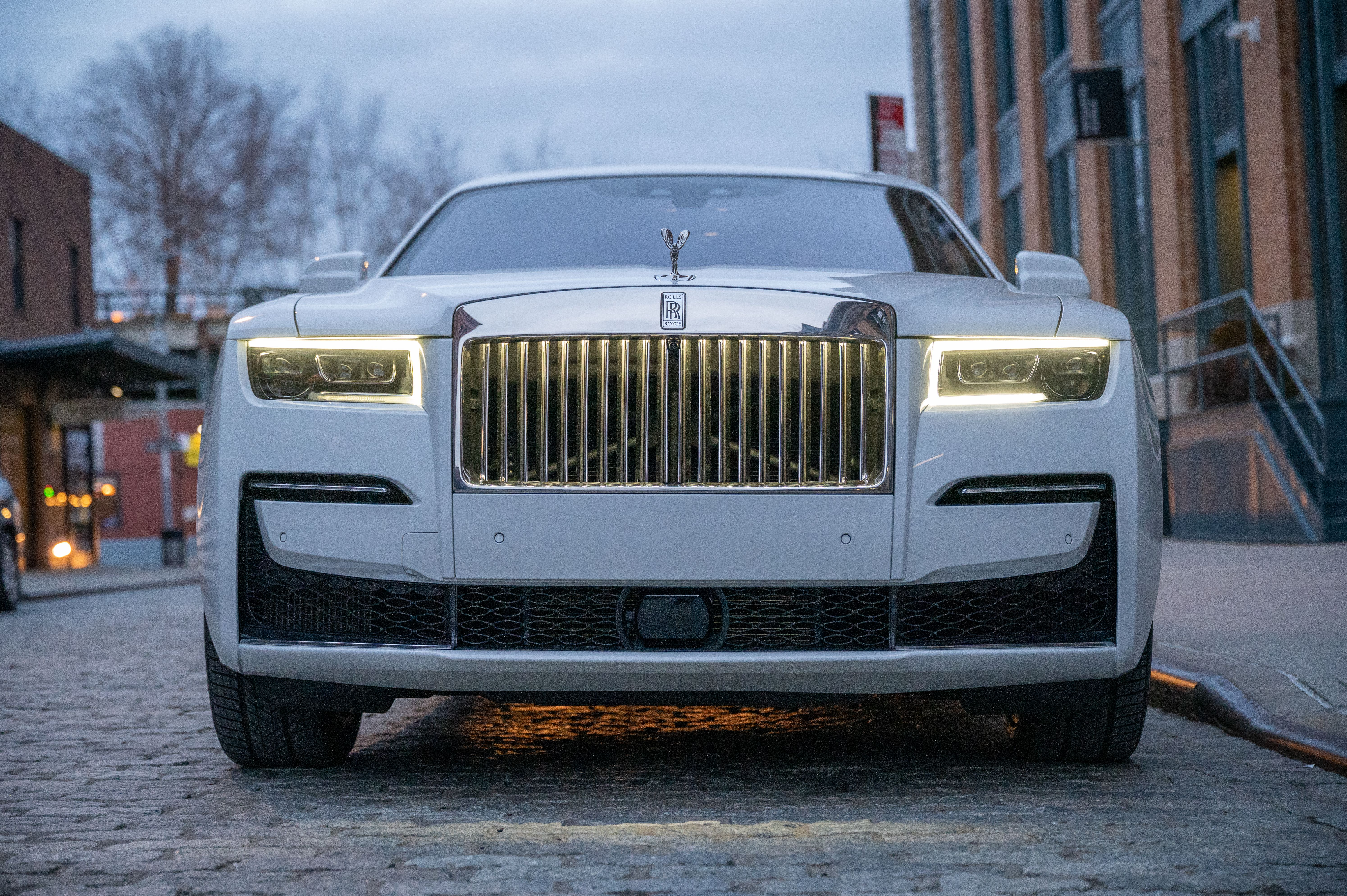 Rolls-Royce Unveils New V12-Powered AWD Ghost That Produces 563hp