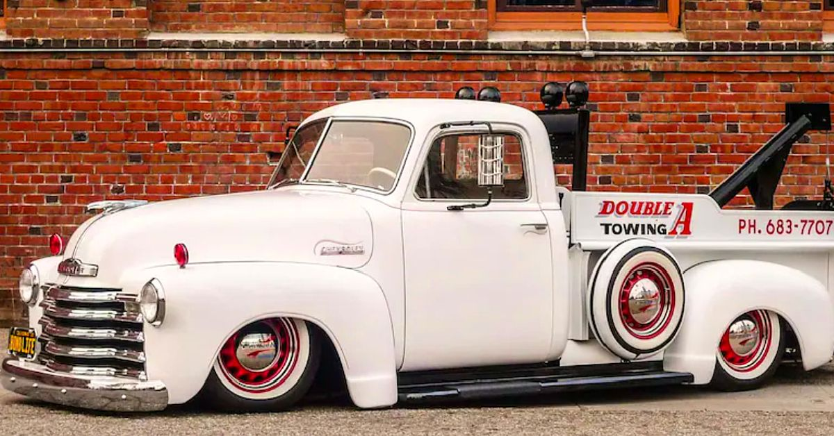 10 Underrated Classic Pickups That Look Sick Modified | HotCars