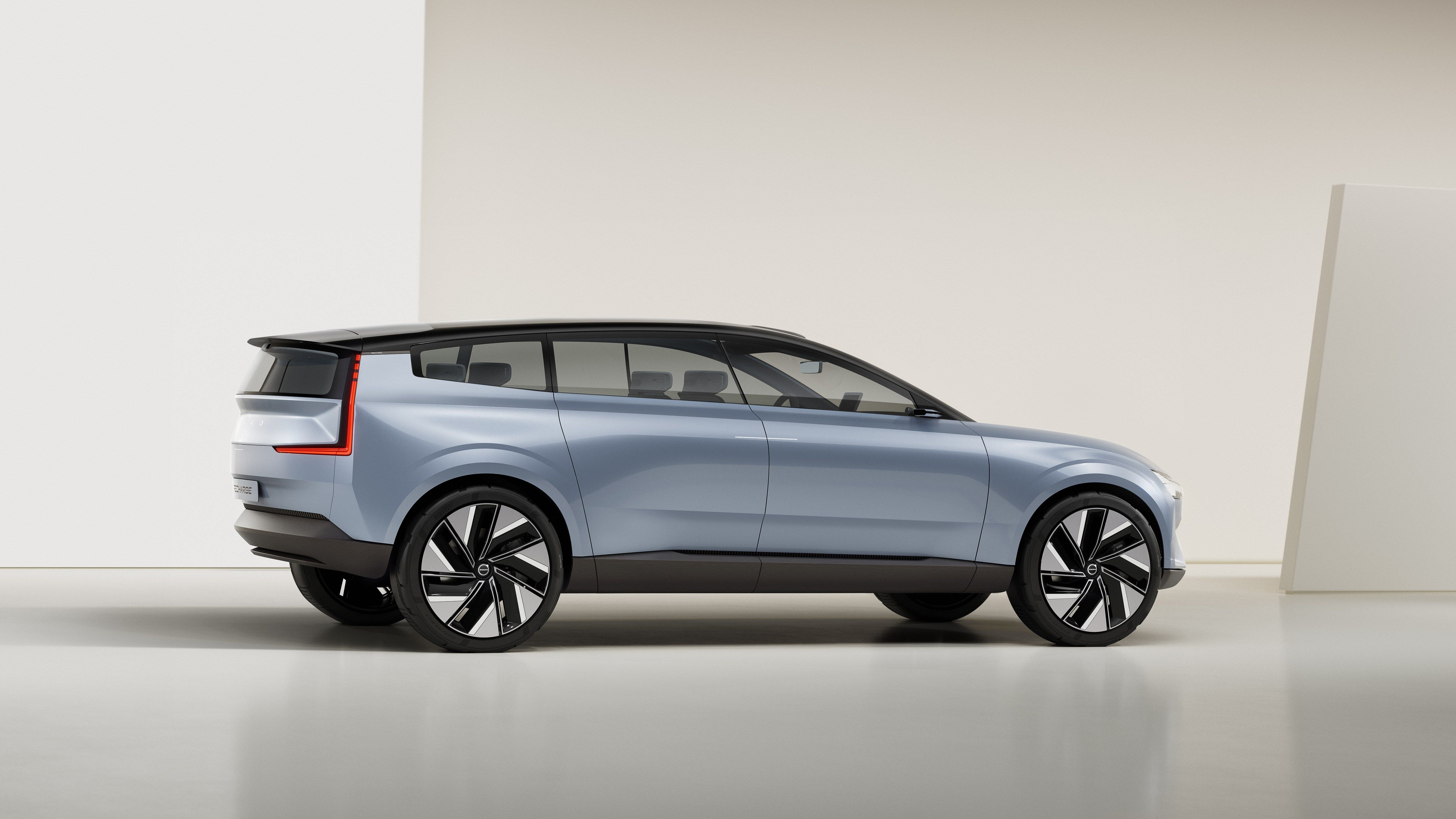 The Volvo Concept Recharge Shows Us The Future Of The XC90