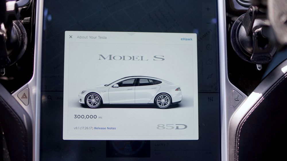 This Is How Long A Tesla Model 3's Battery Will Last And When Tesla Will Pay For The Replacement
